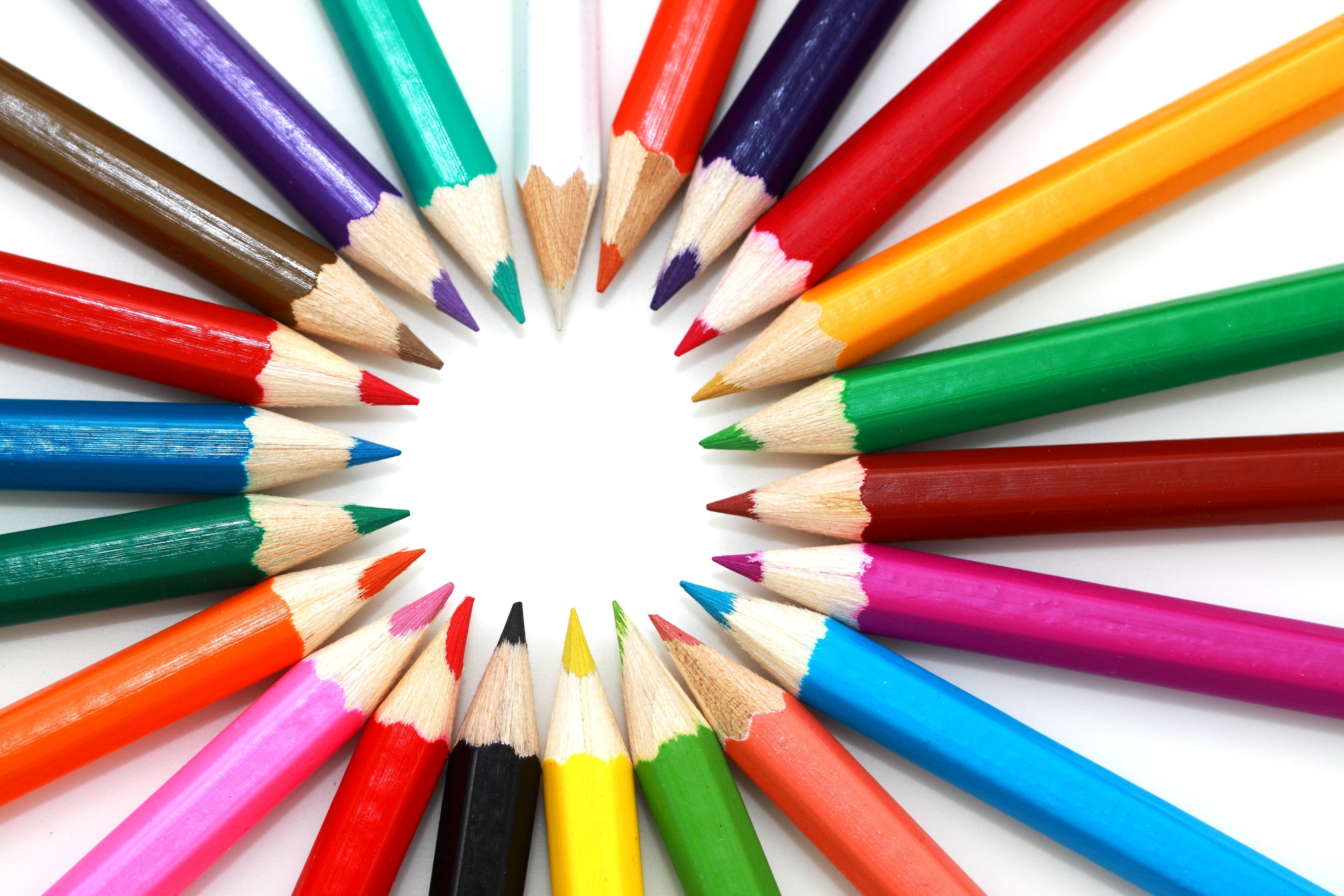Färgglada pennor för alla